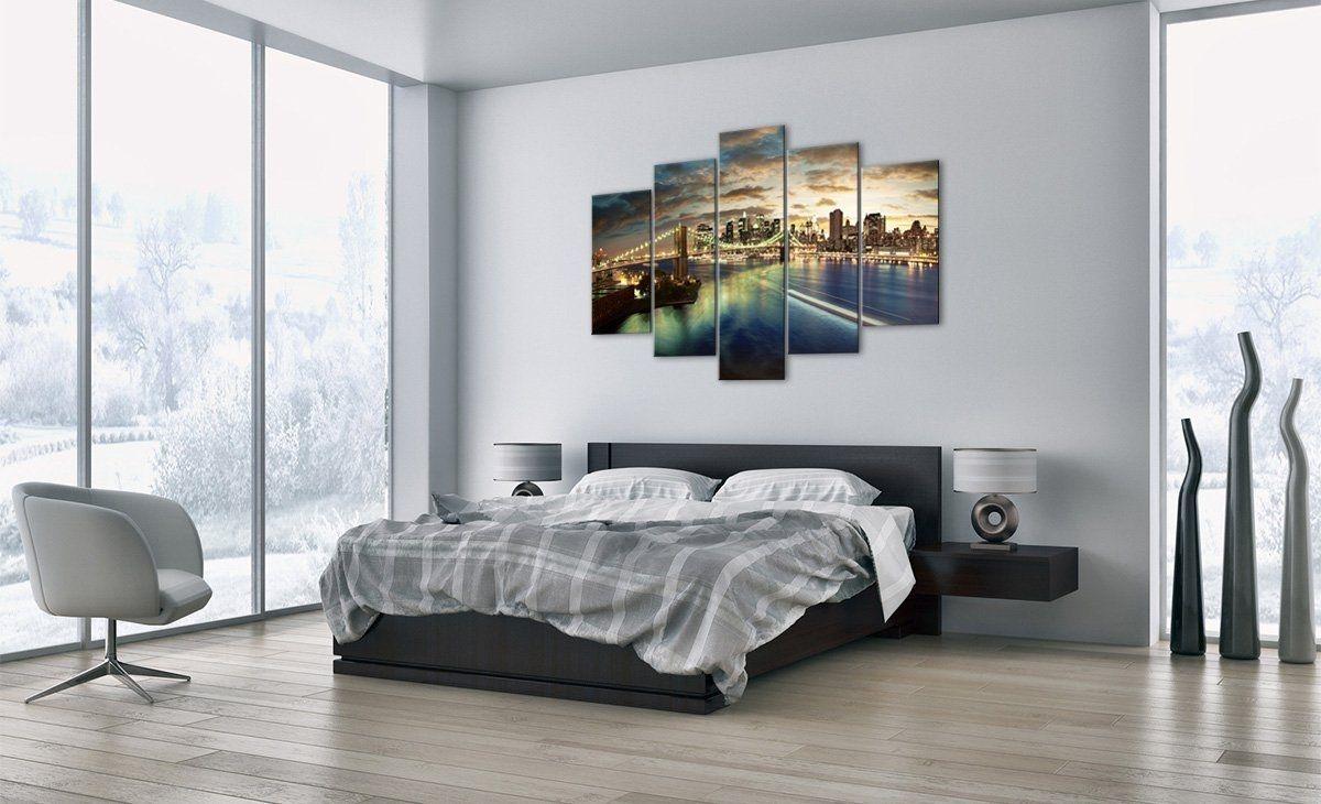 Anche in cucina, come già si è visto per la camera da letto, andrebbero escluse le immagini e/o i quadri che comunicano sensazioni di stress e. Risultati Immagini Per Quadri Sopra Il Letto Firefighter Decor Decor Home Decor
