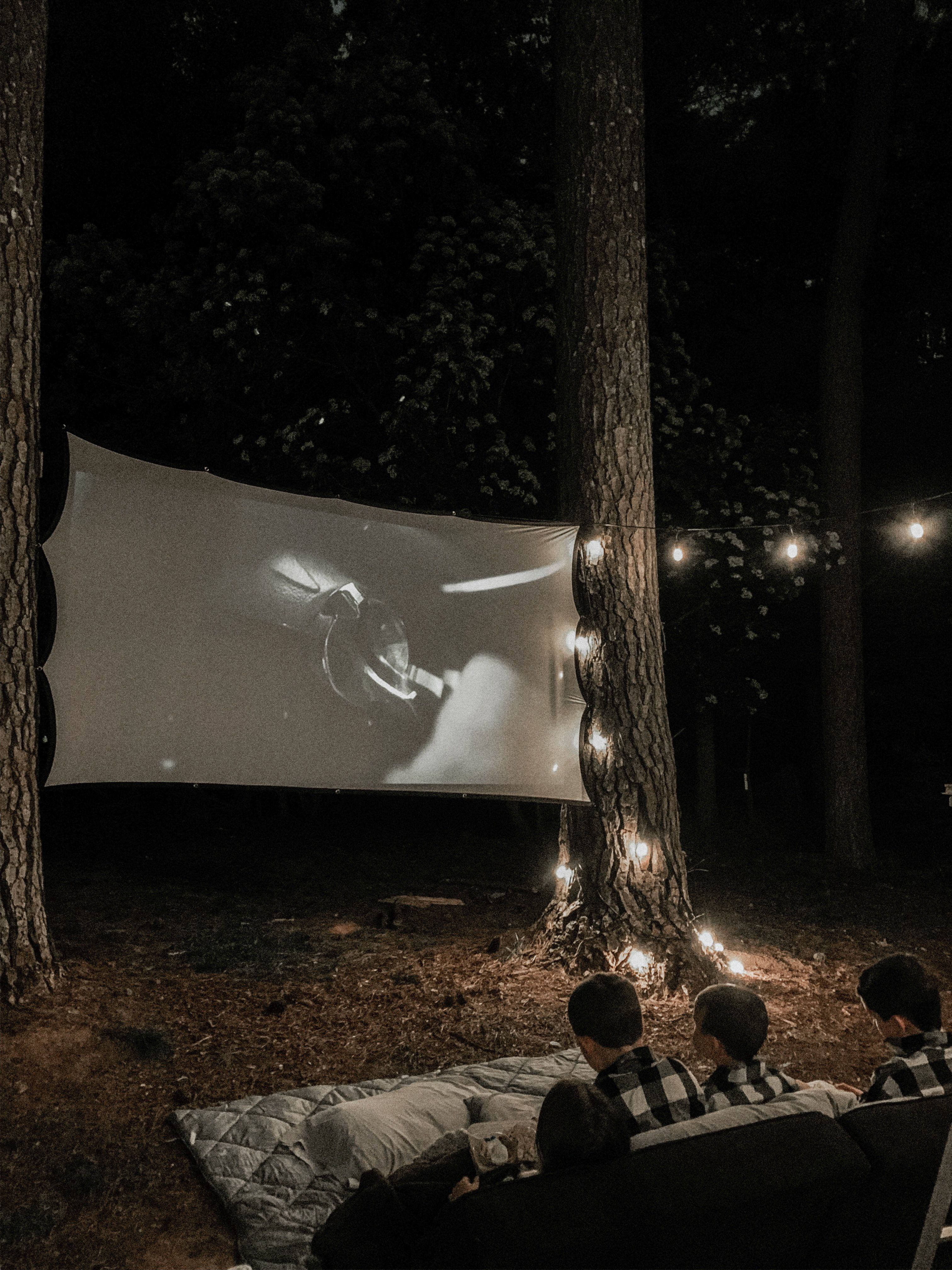 Halloween 2020 Still In Theaters Outdoor movie theater   This Minimal House in 2020 | Backyard