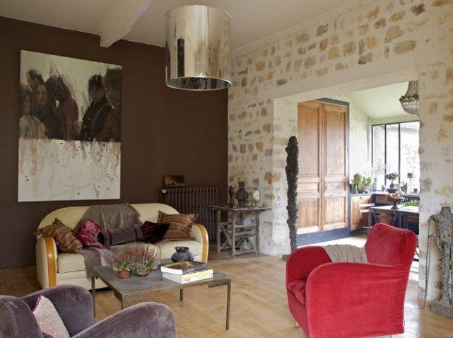1 Salon moderne et coloré d\'une maison de campagne d\'ambiance ...
