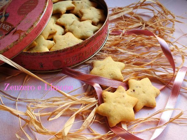 Dolci Da Credenza Biscotti Alle Nocciole : Biscotti con farina di riso e nocciole biŠkoti