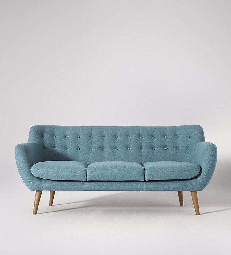 Yang Sofa masih bingung cari furniture online yang berkualitas dengan harga