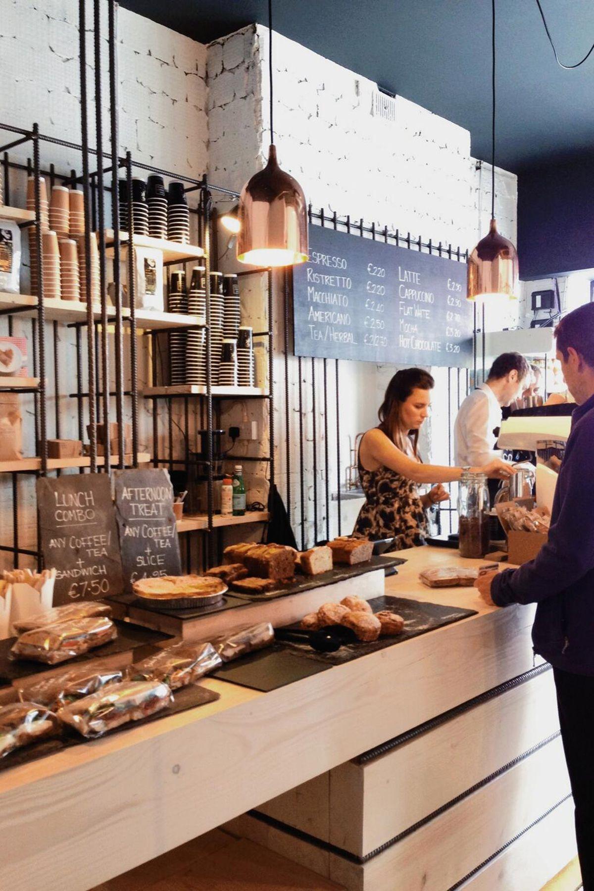 Bear market coffee vav architects shop interior designcafe also cafes and bar rh pinterest