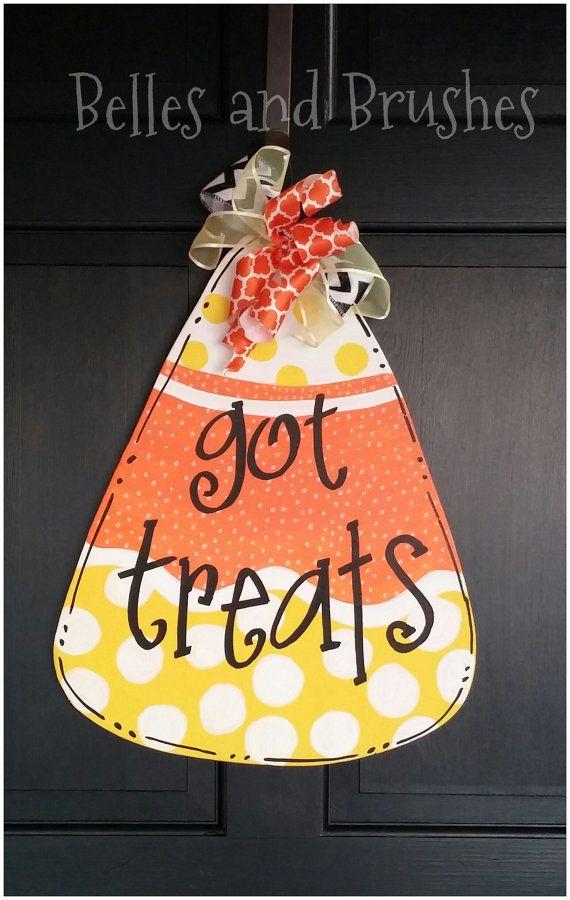 Pin By Belles Brushes On Belles And Brushes Door Hangers Halloween Wood Crafts Fall Door Hangers Burlap Crafts