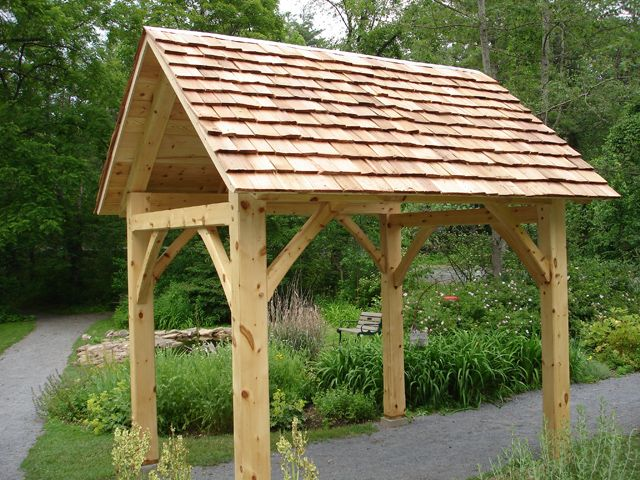 Timber Frame Construction at Shaver's Creek Environmental Center - Timber Frame Pavilions