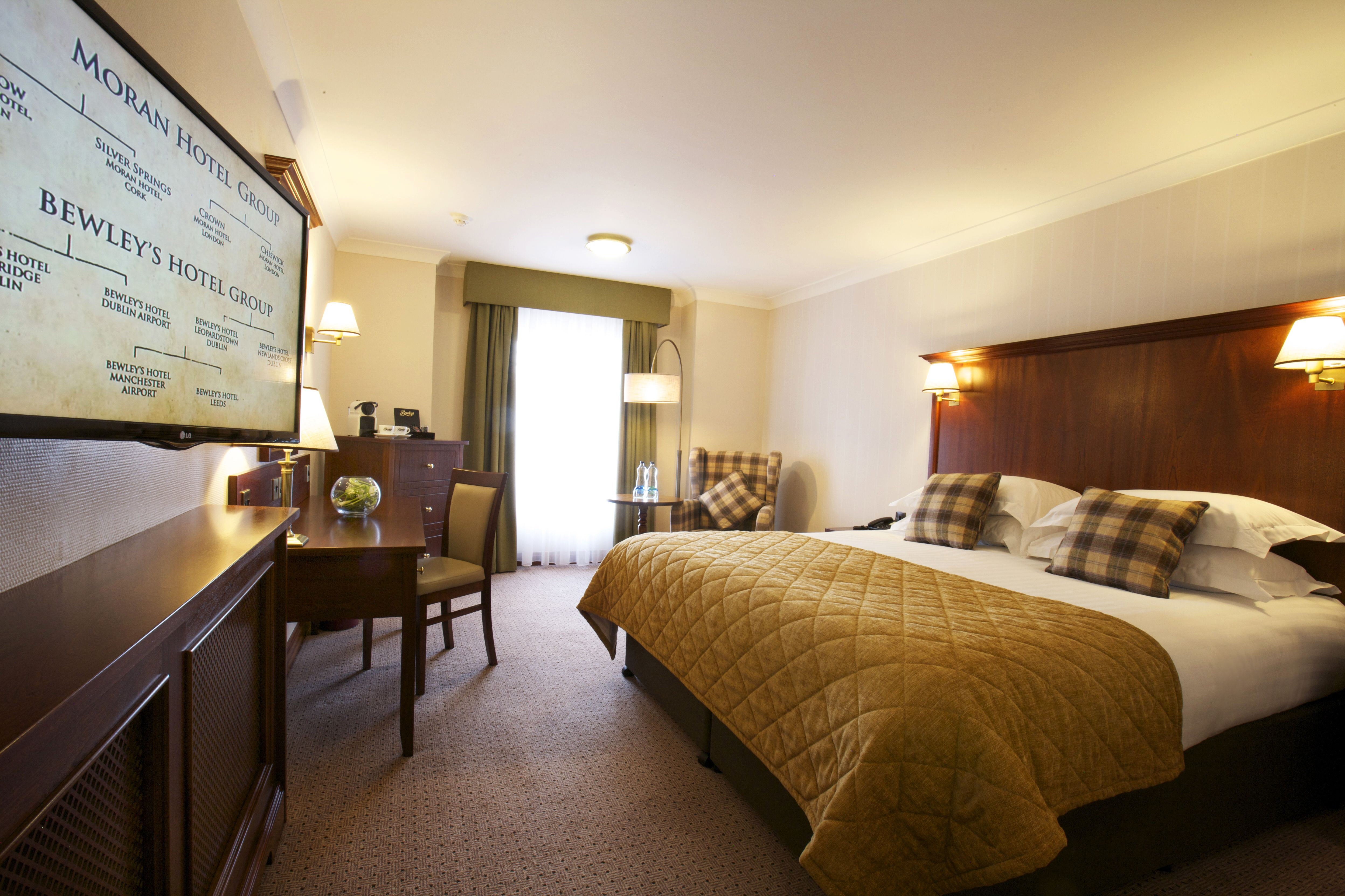 """Interactive Bedroom Design 37"""" Interactive Flat Screen Tv With Freeview Hd Upgraded Super"""