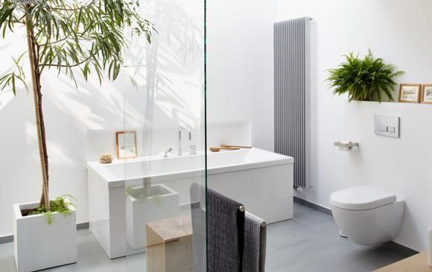 Neutrales Grau Am Boden Vermittelt Grosse Bild 4 Badezimmer Ideen Grau Badezimmer Fliesen Grau Kleine Badezimmerfliesen