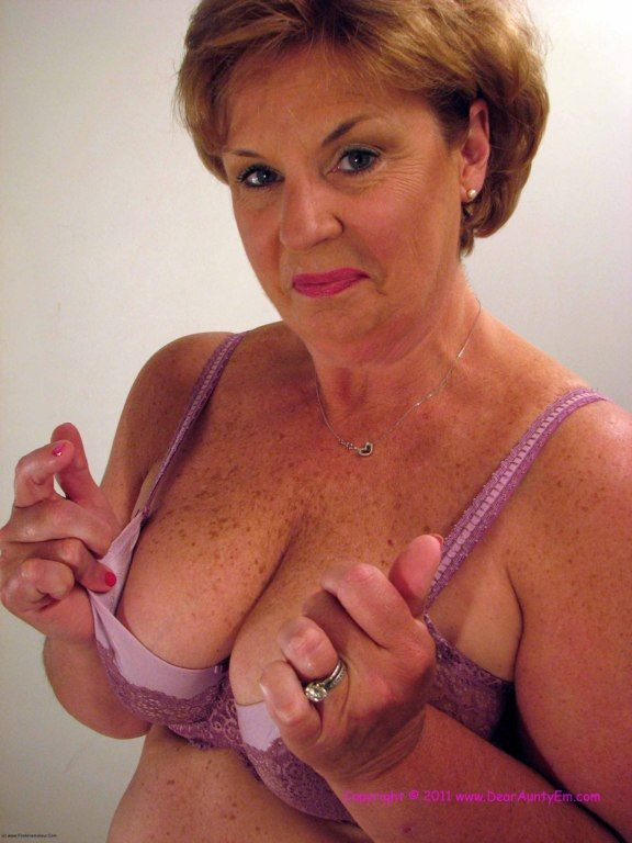 jurh milf women The best mature tube movies for free watch hot mature porn videos where older mature women having hard sex and sucking cocks.
