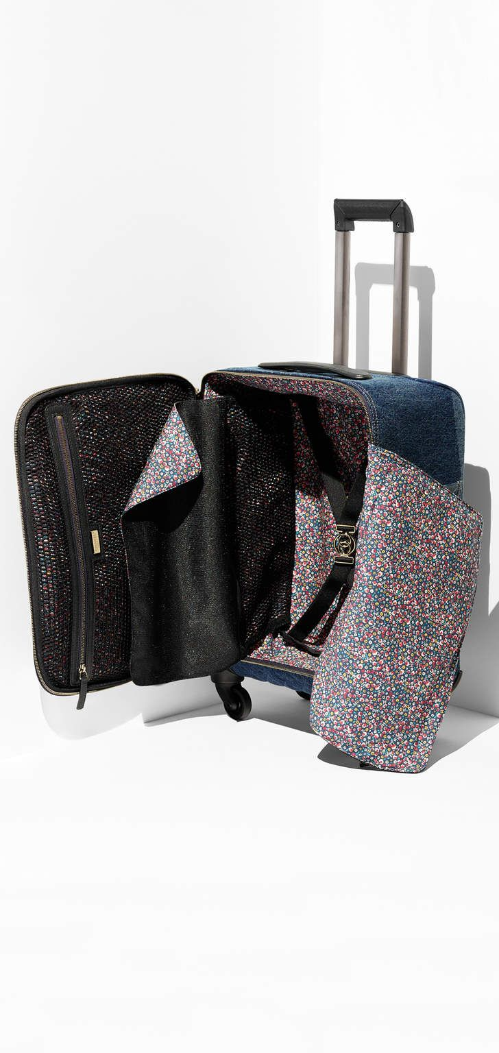 Trolley, jeans washed, pingentes & rutênio-azul escuro - CHANEL 33320,00