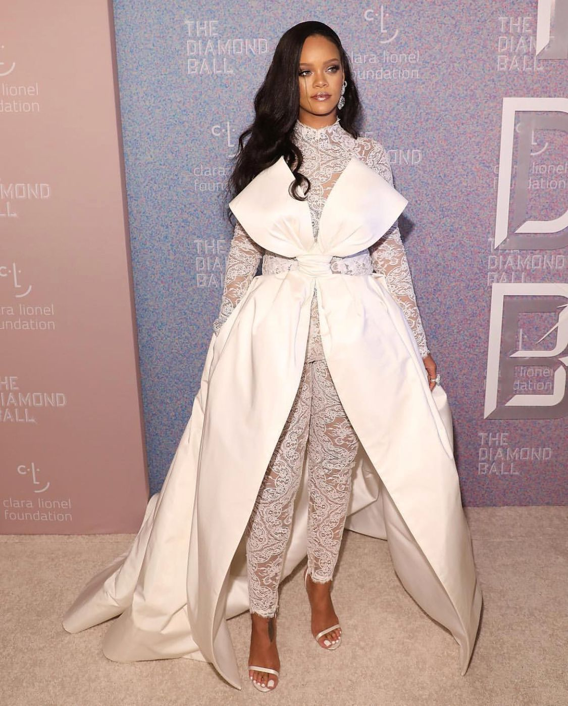 Rihanna 2018   Nice dresses, Celebrity dresses, Fashion