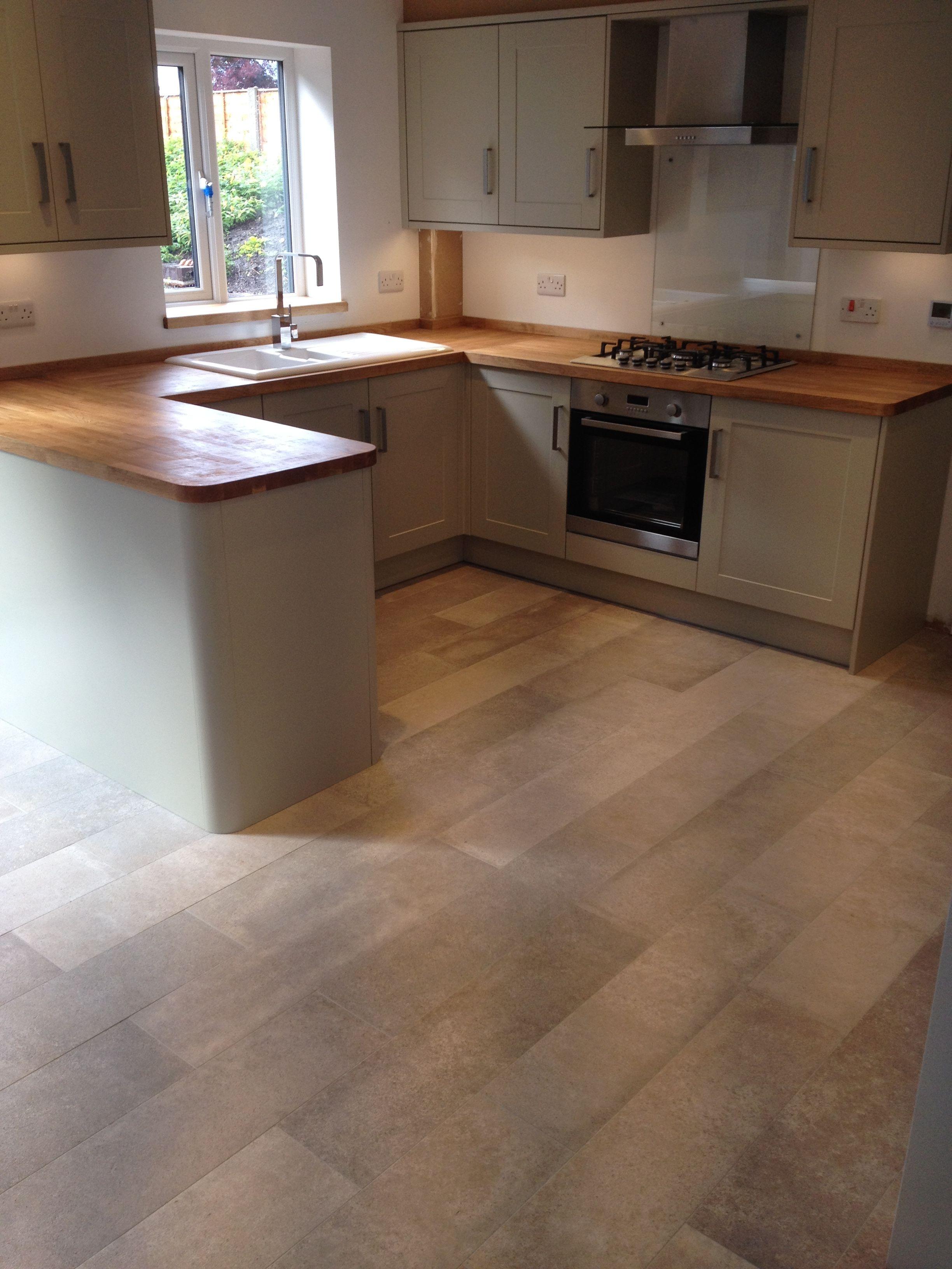 Howdens Burford Grey Kitchen Design Small Kitchen Design Kitchen Cabinets Makeover