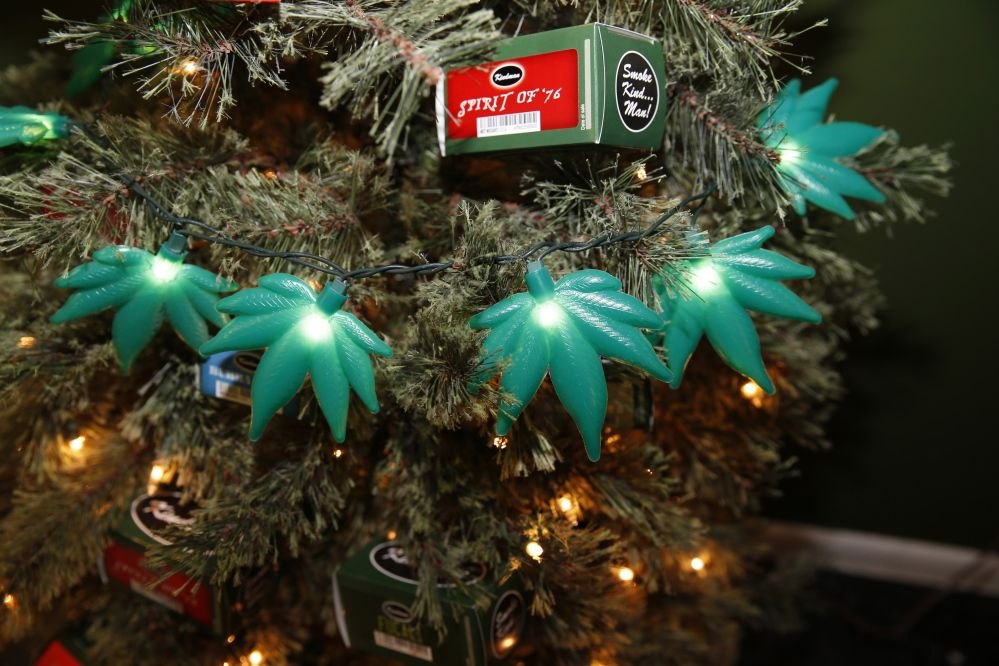 weed christmas lights - Google Search   high for the holidays ...