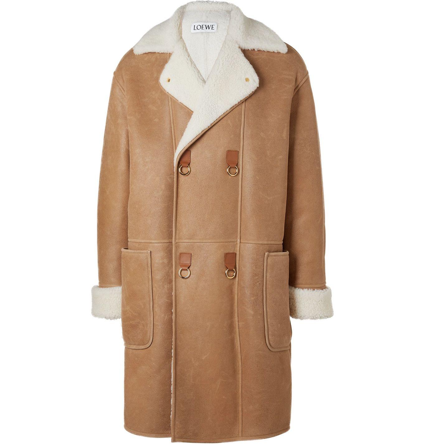 Brown Double Breasted Shearling Coat Loewe In 2020 Mens Shearling Jacket Mens Designer Coats Mens Shearling Coat [ 1426 x 1365 Pixel ]
