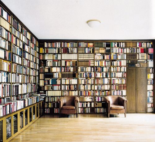 so many books… so little seating. but that's just fine, if it's all mine.