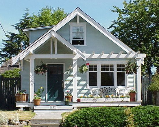 How To Design A Front Porch: Simple Traditional Classic Front ...