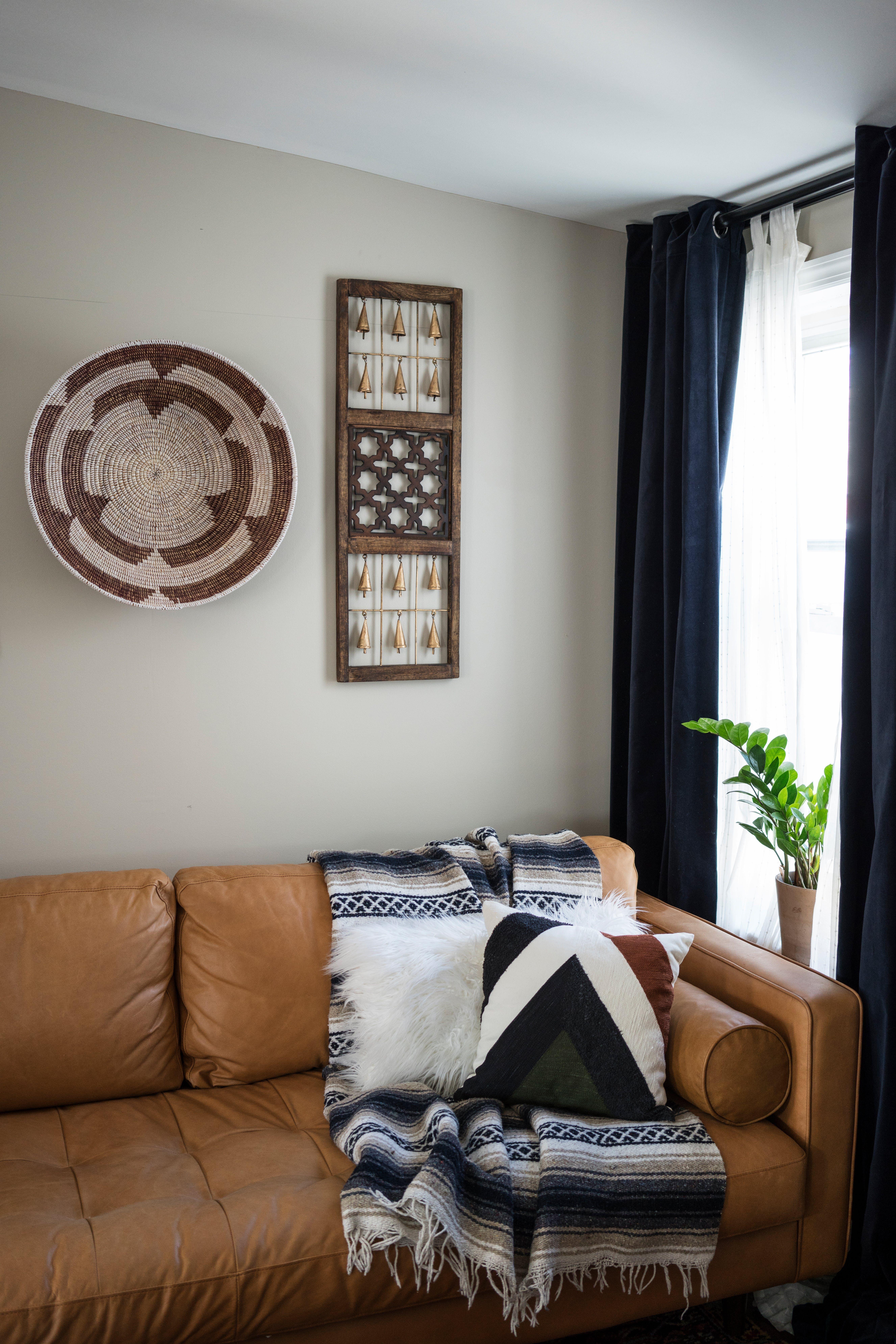 An 1860s Philadelphia Row Home Aces The Retro Eclectic Look Home Home Decor Interior #row #home #living #room #ideas