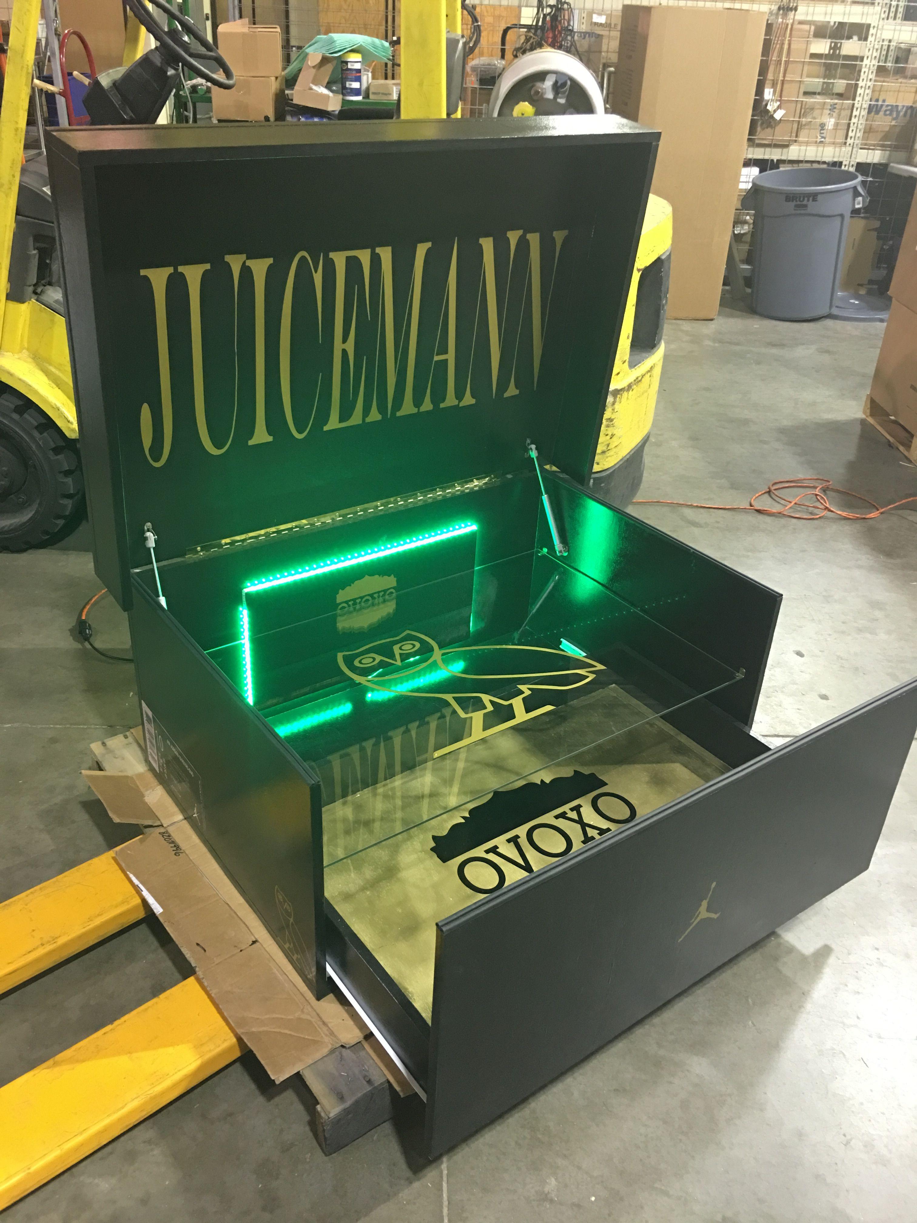 Black and Gold OVO Edition Giant Air Jordan Shoebox Storage!  www.sneakerheadshoebox.com d5bb2a11798f