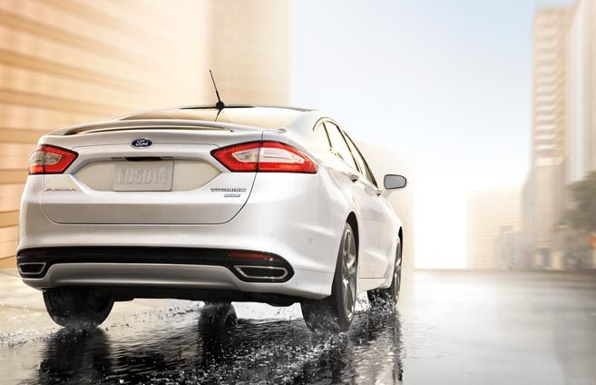 Available Intelligent All Wheel Drive Awd System Ford Fusion