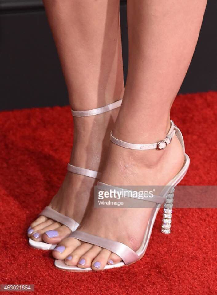 27a30632e0a50 Katy Perry pieds et talons   Katy Perry feet and heels   Heels, legs ...