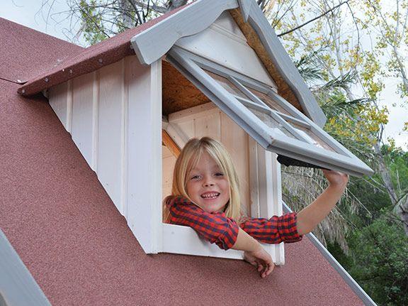 Buhardilla con cventana practicable casita de madera para niños para el jardinLUGANO