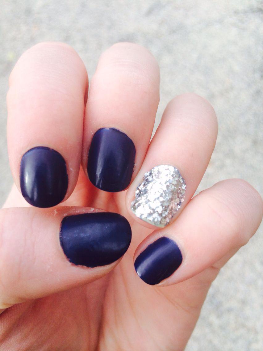 Matte and glitter nail art