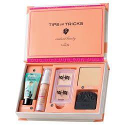 Kit Trucchi Viso di Benefit Cosmetics su Sephora.it. Profumeria online