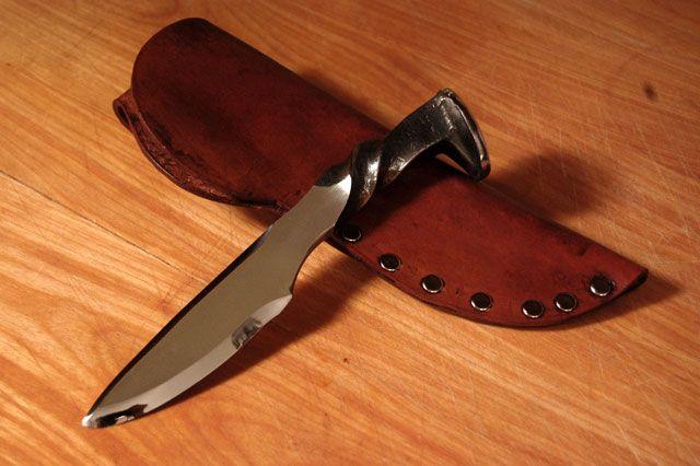 custom knives   Custom Knives for Sale - (pic)