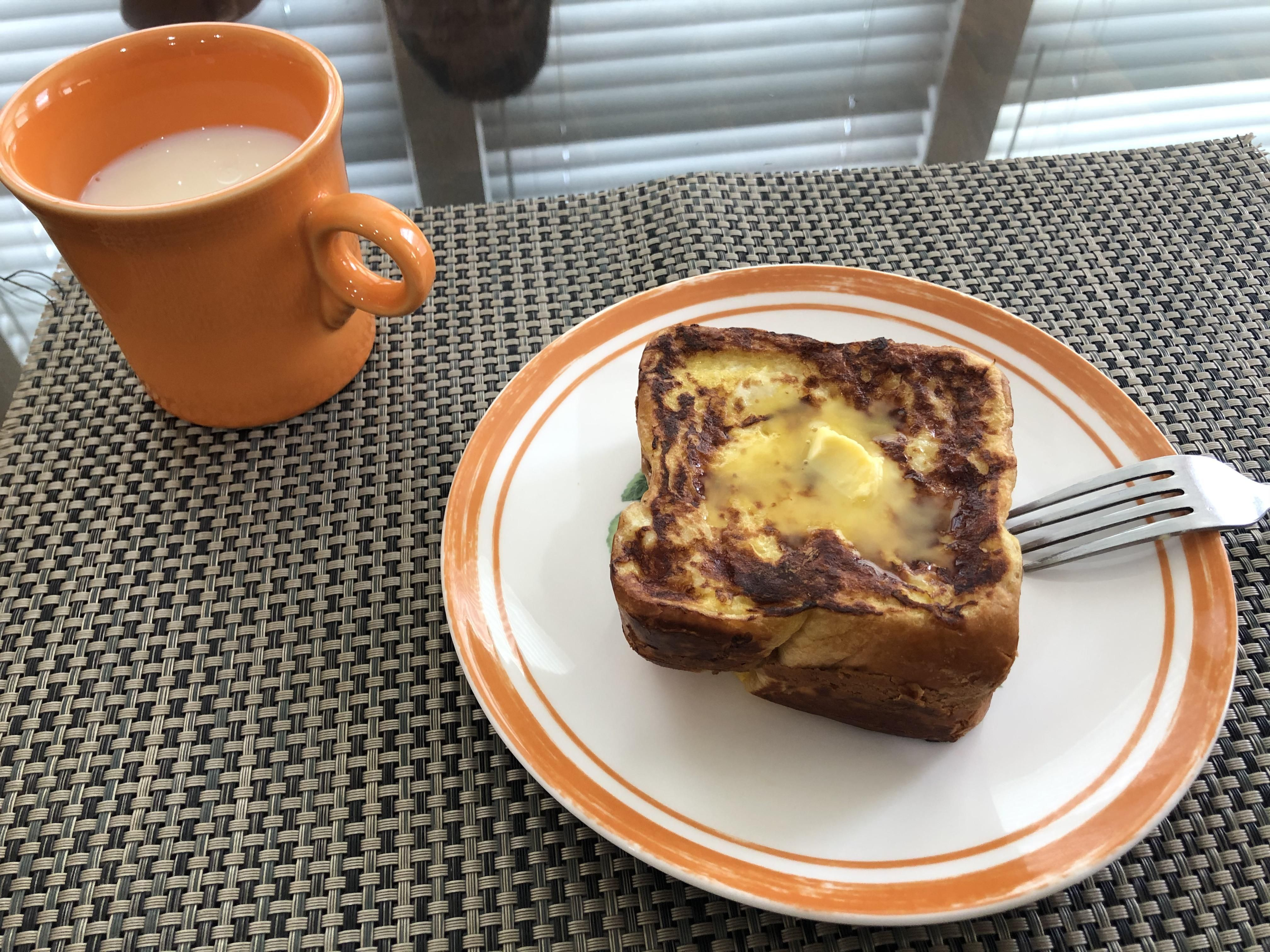 [Homemade] Hong Kong style French Toast (peanut butter in the middle) for my sis #food #foods