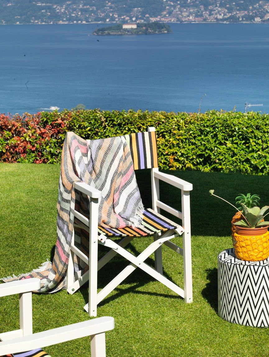 Striped deck chairs perfect for the patio or garden from MissoniHome 2015 Poppies Outdoor collection.