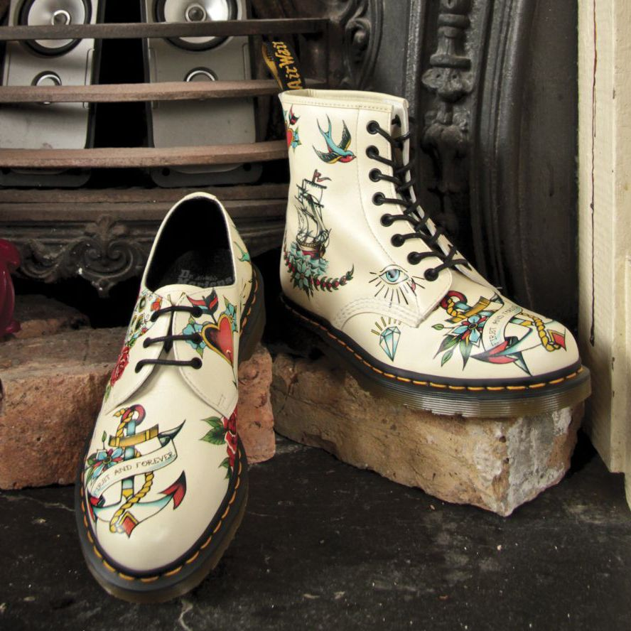 Dr. Martens - Tattoo. Can't wait to customize a pair of white