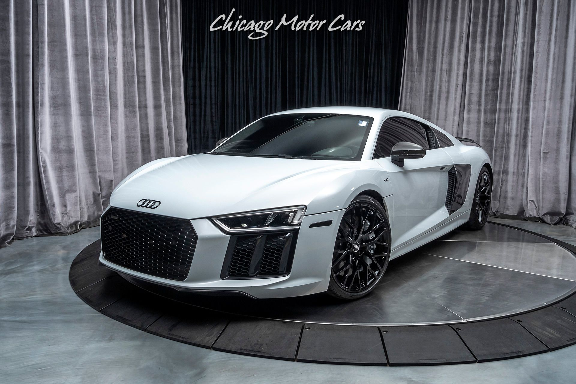 2017 Audi R8 5 2 Quattro V10 Plus Msrp Chicago Motor Cars United States For Sale On Luxurypulse Audi Motor Car Audi R8