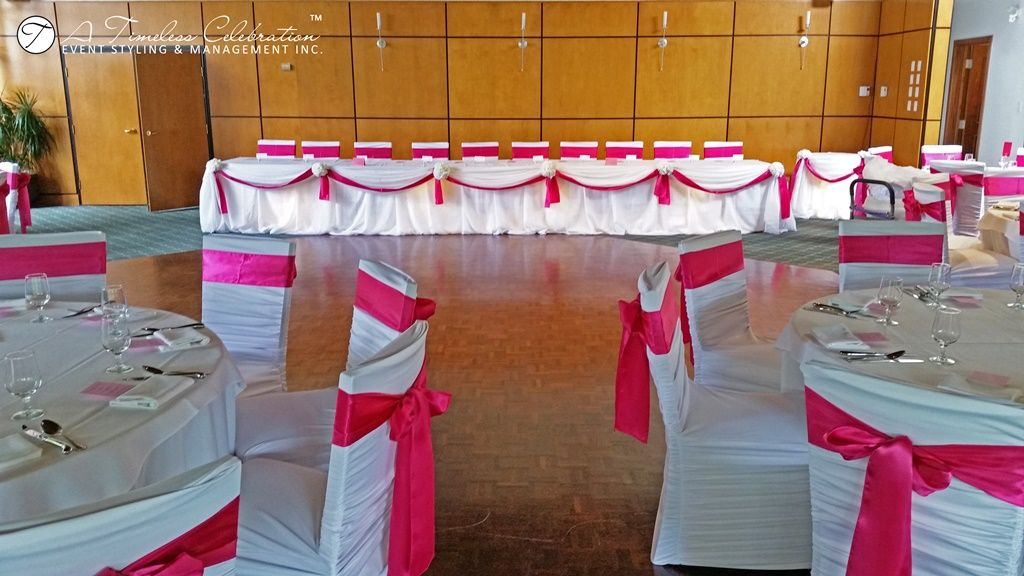 wedding chair covers montreal black slipcovers modern chic reception ruffled rouge fuchsia sashes a timeless celebration florist decorator