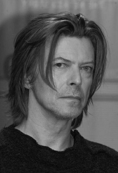 Pin By Rengin On Men With Images David Bowie Bowie Bowie Starman