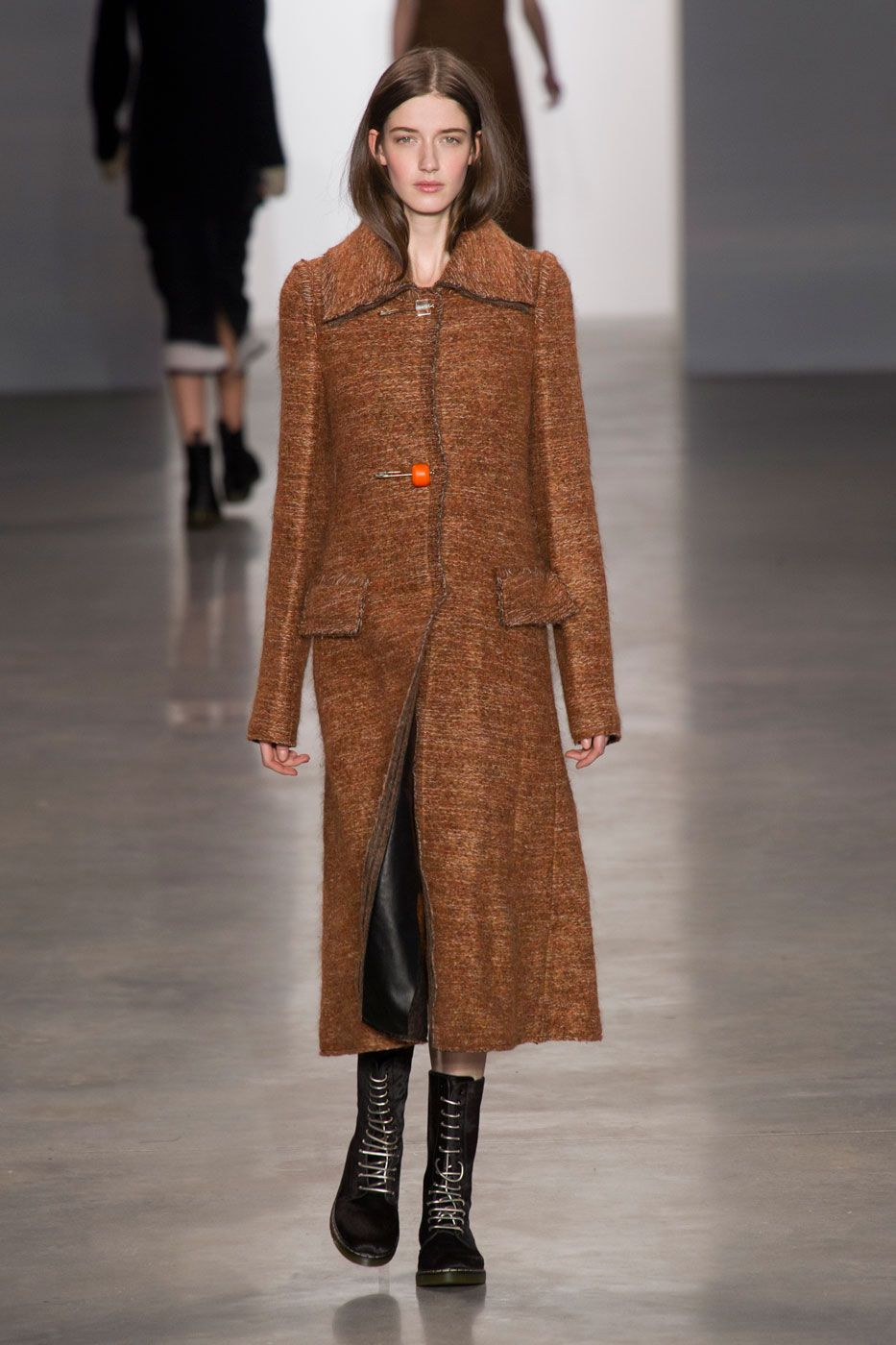 Calvin Klein Channels Ladylike Grunge ForFall
