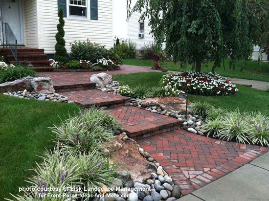 Front Yard Landscape Designs With Before And After Pictures Front Yard Landscaping Design Front Walkway Landscaping Front Yard Landscaping