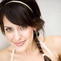 Resultados da Pesquisa de imagens do Google para http://casamento.culturamix.com/blog/wp-content/gallery/penteados-com-trnca/foto-trancas-para-noivas-08.jpg