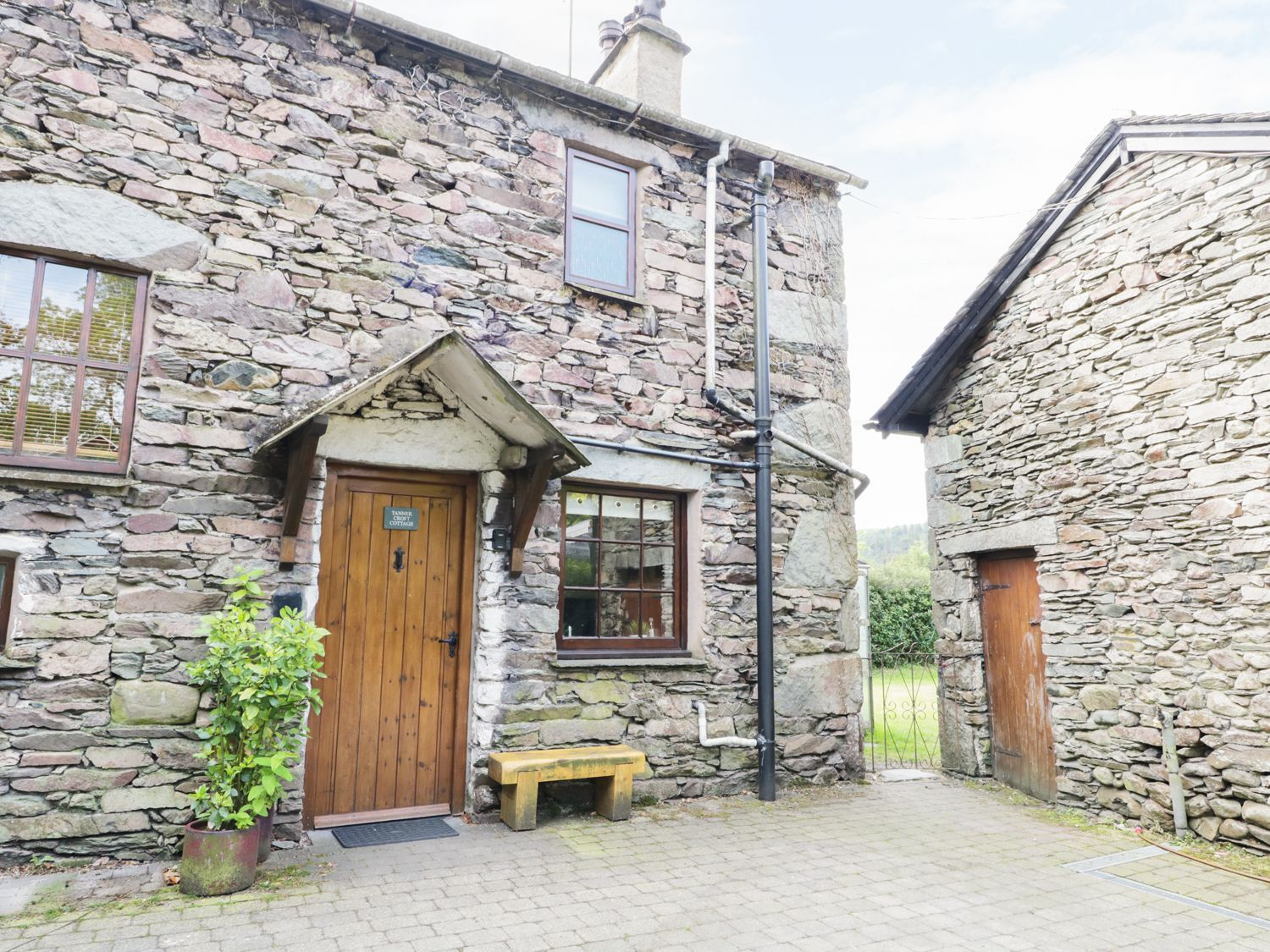 a fantastic lakeland stone cottage in the village of grasmere in the rh pinterest com