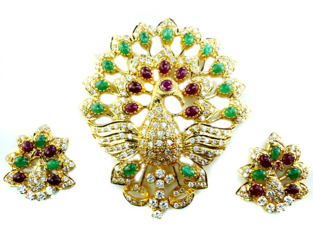 22kt Gold Antique Uncut Ruby/Emerald Pendant Earrings Set ...