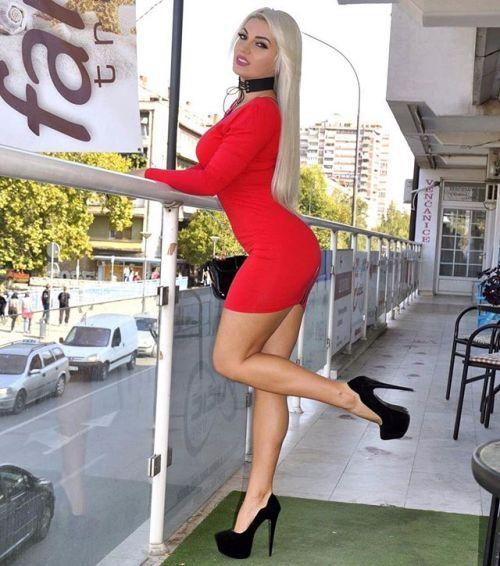 babes high heels
