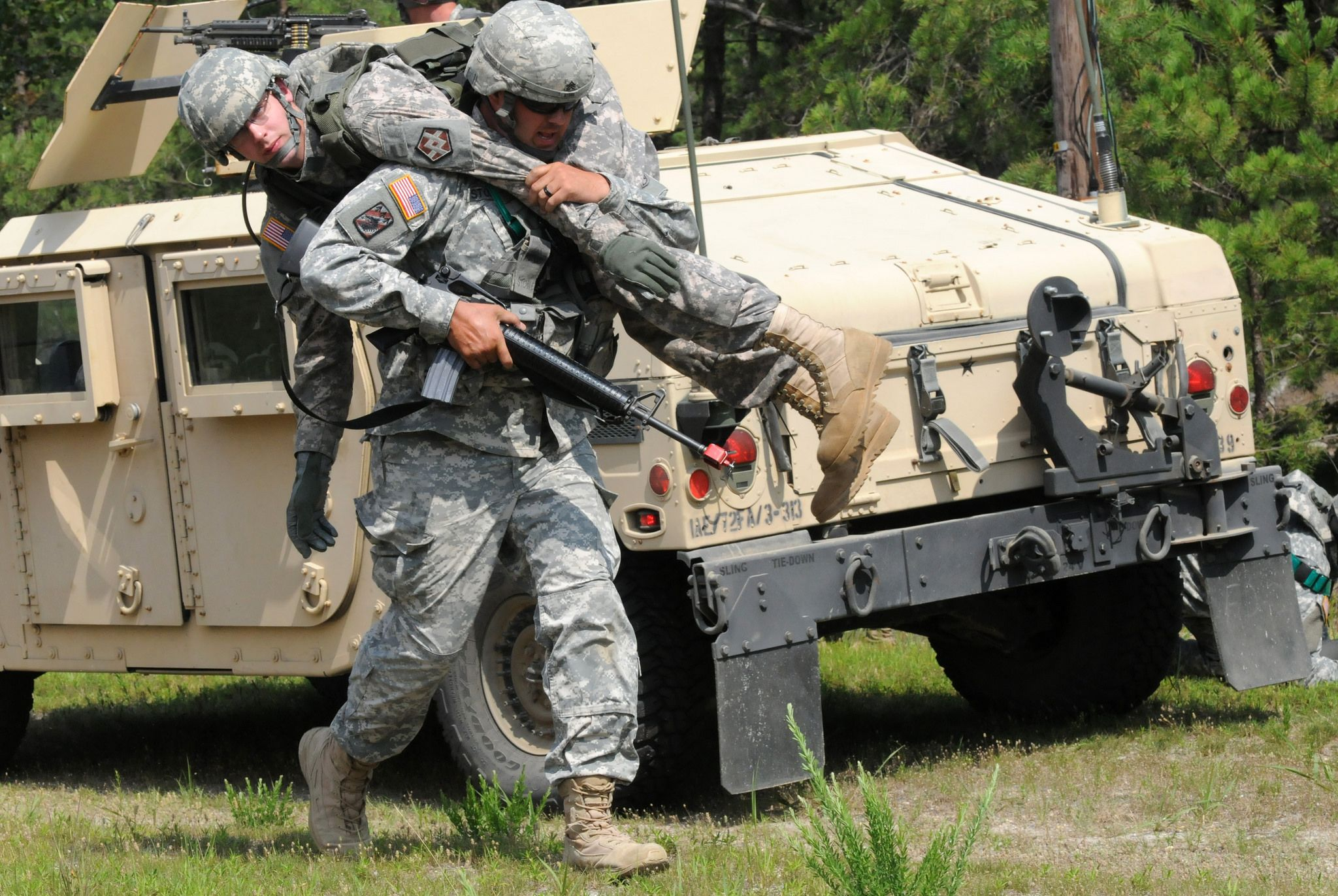Carrying A Battle Army Reserve Individual Training Us Army