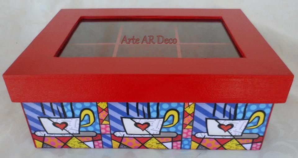 Caja con Diseño de Romero Brito