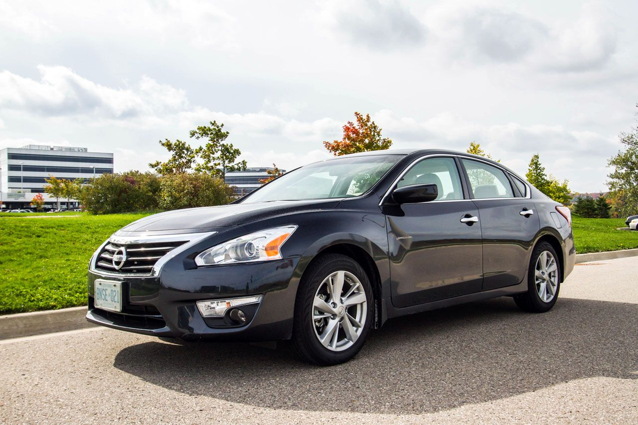 2013 Nissan Altima Black