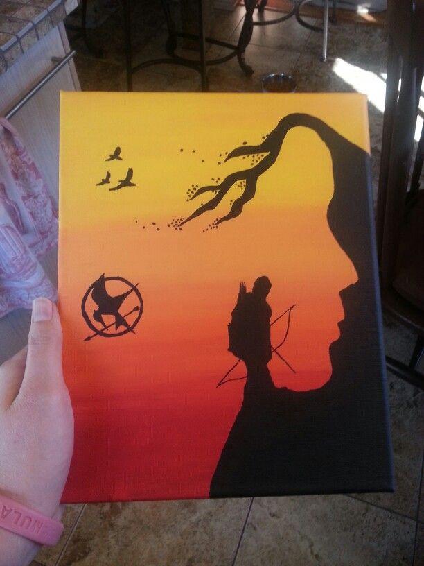 home made drawn art Fandom geek nerd gift custom Christmas the Capitol Katniss everdeen primrose Freehand Mockingjay Logo Hunger Games