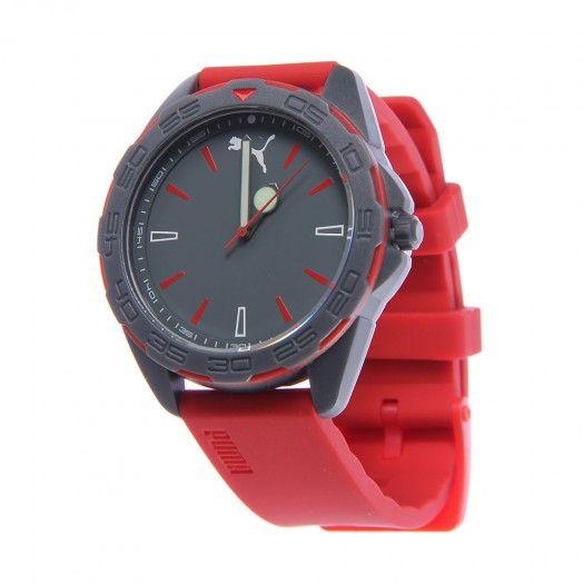 El reloj Reel de  Puma para hombre es un reloj fantástico que te encantará  por su clásico diseño y su resistencia al agua. aacf591dc4a7