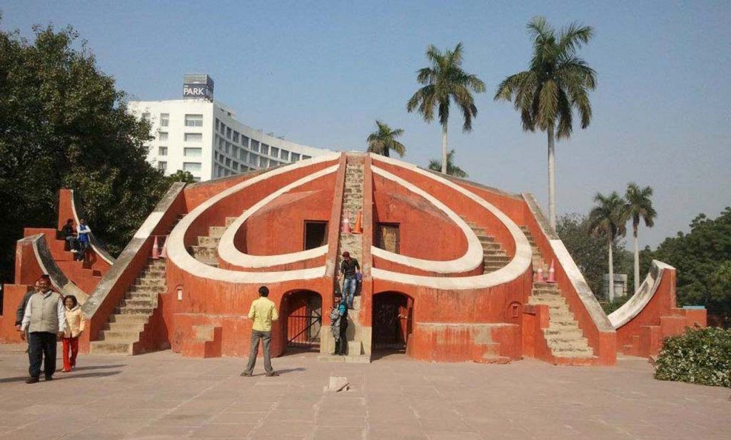 Must visit places in Delhi for the first time traveler | Jantar mantar,  Delhi tourism, Tourist places