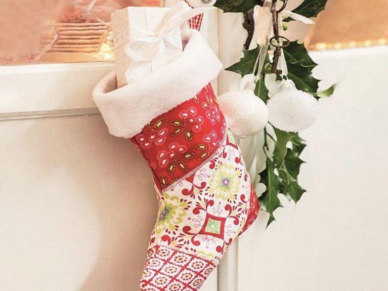 DIY-Anleitung: Weihnachtsstiefel nähen via DaWanda.com