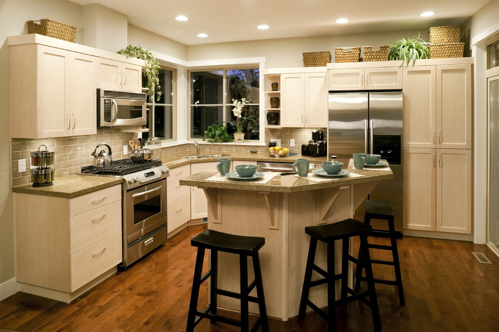 Prime Average Cost Of Small Kitchen Remodel Vegrecipes Home Home Interior And Landscaping Palasignezvosmurscom