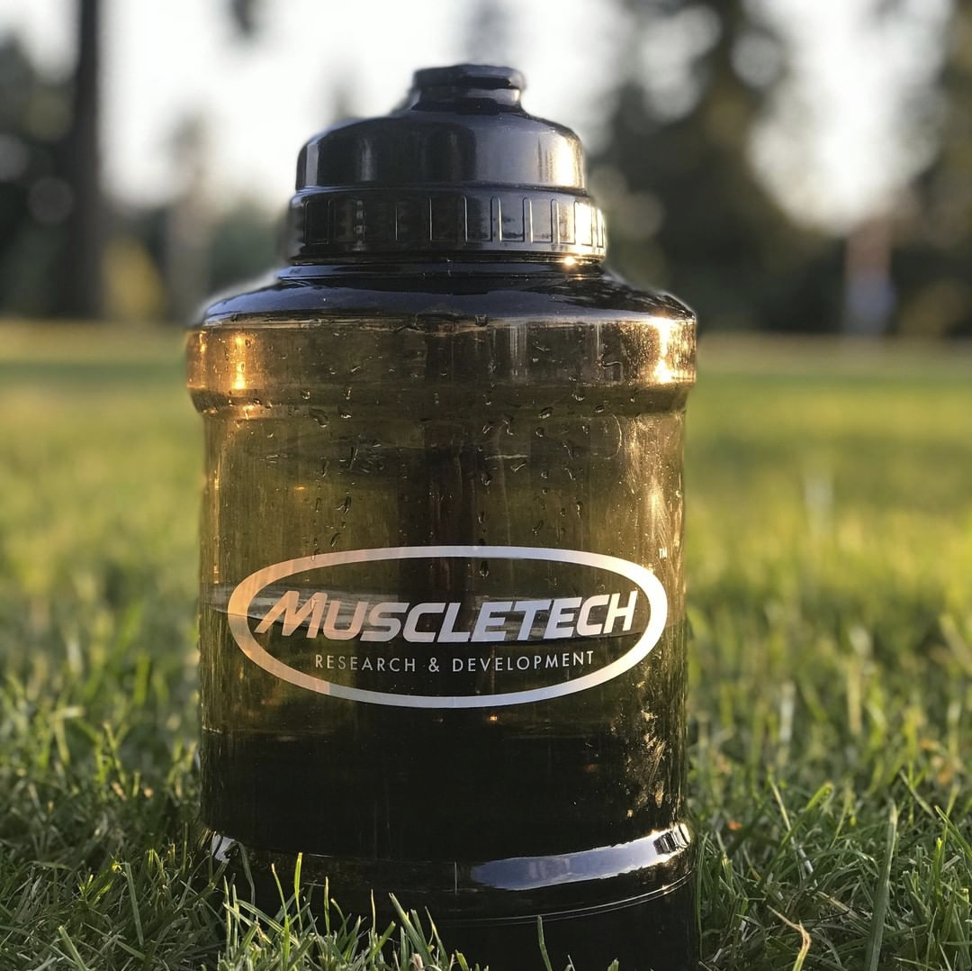 Pin by Graphicdesign on Product Photography Muscletech