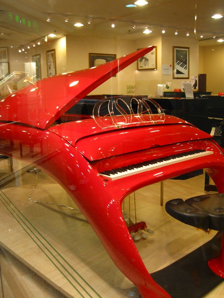 schimmel pegasus futuristic grand piano ummm yeah i 39 ll just stay with the old school. Black Bedroom Furniture Sets. Home Design Ideas
