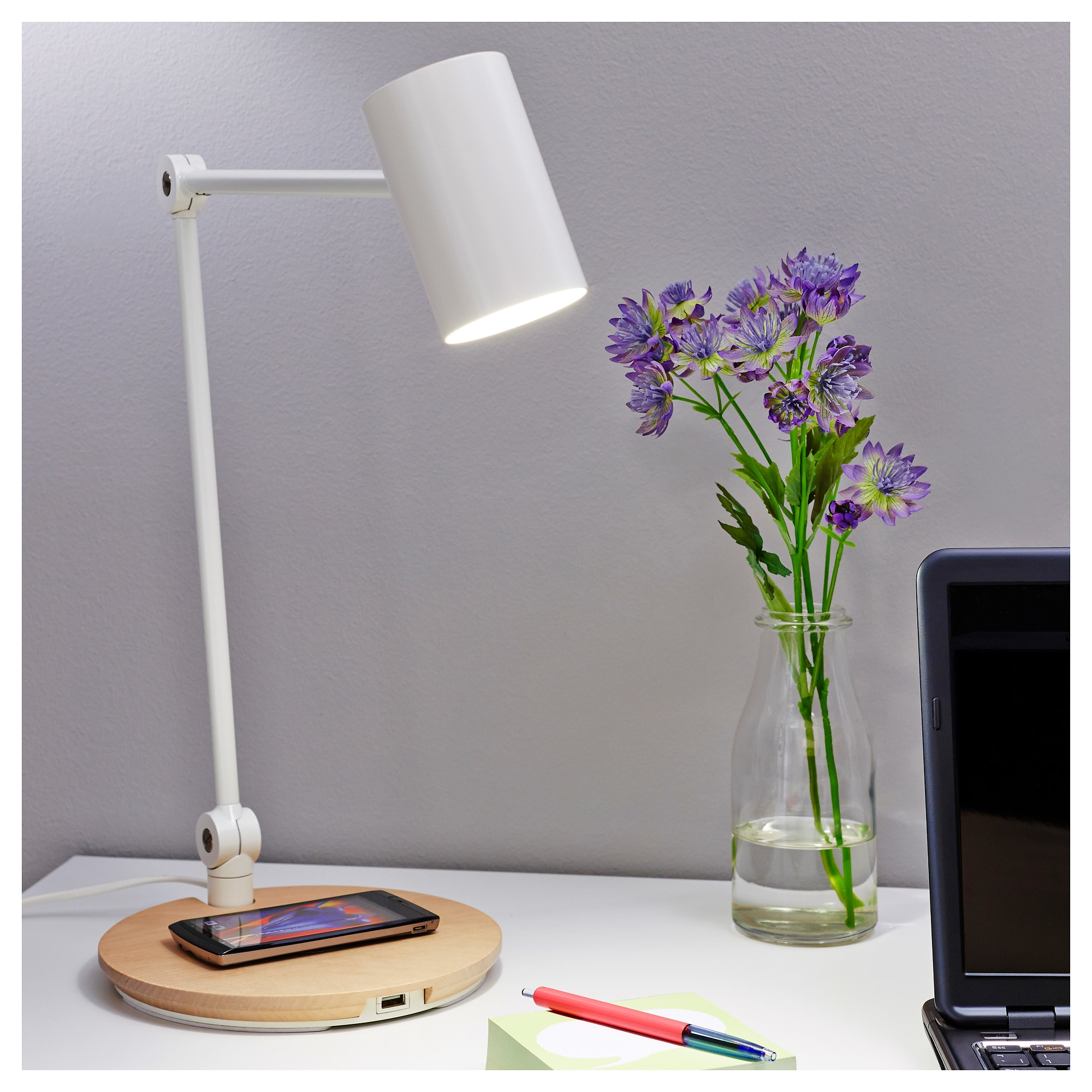 Riggad Led Arbetslampa M Tradlos Laddning Vit Ikea Work Lamp Lamp Desk Lamp