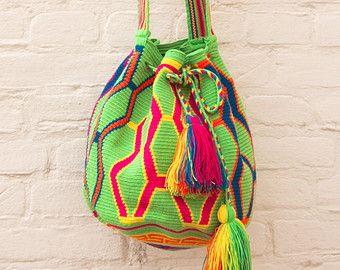 mochila wayuu op Etsy, een wereldwijd platform voor handgemaakte en vintage items.